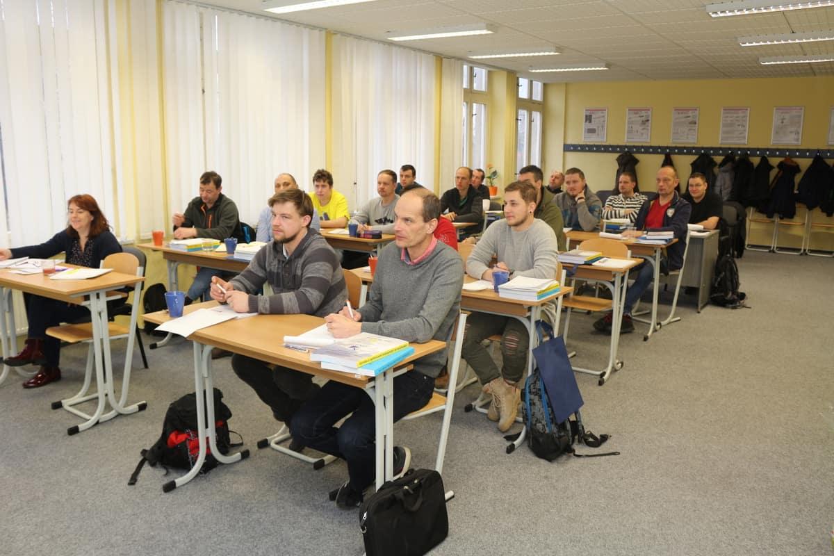 kurzy iwt liberec svářečské kurzy www.svarecskekurzy.cz